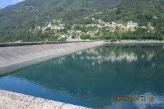11h10 - Le barrage hydraulique de Verney ....au fond le village d'Allemond