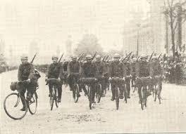 Soldats cyclistes