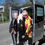 Jean-Marie parle tactique avec directeur sportif